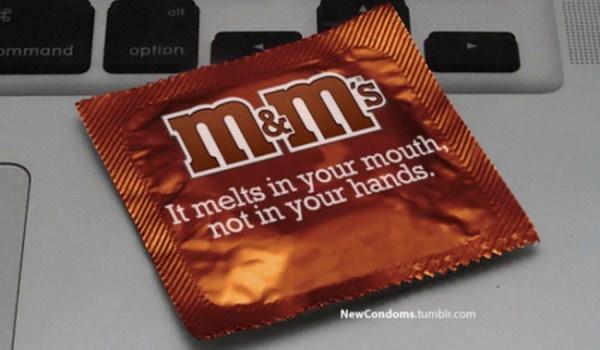 логотипы и слоганы глобальных брендов на упаковке презервативов от Макса Райта (Max Wright)